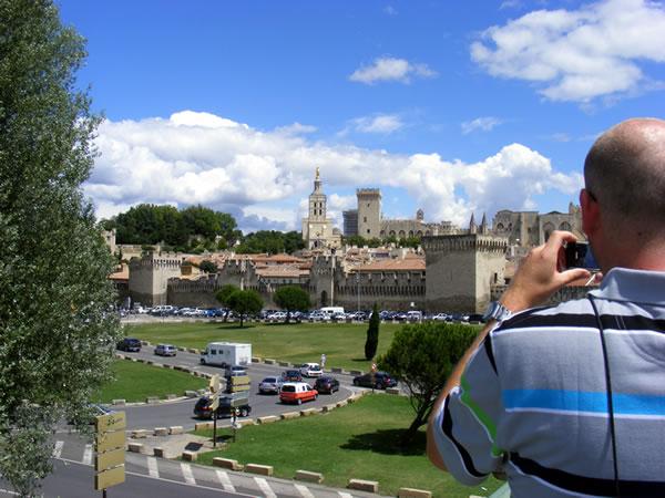 Avignon - Palais des Papes, stadsmuren